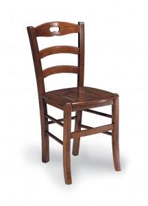 Klasična stolica izrađena od masivnog drva u boji oraha sa sjedištem od drva. Dimenzije 88 x 45 x 45 cm. Može se naručiti u različitim bojama drva, te sjedištima od slame ili drva.