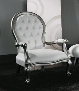Klasična fotelja stila