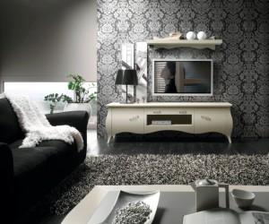 Klasična tv komoda sa dva vrata, jednim otvorom i jednom ladicom, izređena je od masivnog drva, te lakirana u prljavo bijelu boju. U kompletu je zidna polica izrađena od masivnog drva, lakirana u bijelu boju. Može se naručiti i u drugim bojama.