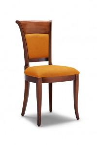 Klasična stolica izrađena od masivnog drva u boji oraha sa sjedištem i leđima u tkanini boje naranče. Dimenzije 97 x 57 x 50 cm. Može se naručiti u različitim bojama drva i tkanina.