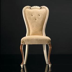 Klasična drvena stolica u kombinaciji boje oraha i antik krem boje, sjedište i leđa u tkanini. Može se naručiti u drugim bojama drva i drugim tkaninama za sjedište i leđa.