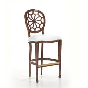 Klasična barska stolica u boji oraha, sjedište u tkanini. Visina sjedišta 80 cm. Može se naručiti u raznim drugim bojama za sjedište i raznim drugim bojama za drvo stolice.