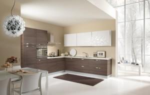 VELVET - moderna kuhinja od mediapana, sa velikim mogučnostima slaganja elemenata. Nas slici je prikazana kuhinja u kutnoj verzji, sa lijeve strane je kolonom za frižider i pećnicu, do njih ploča za kuhanje iznad koje je napa, dok je s ljeve strane sudoper i perilica posuđa, iznad kojih su viseći elementi. Kuhinja po mjeri za sve prostore i sve veličine.