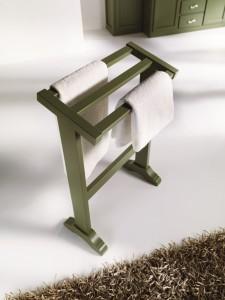 Držač ručnika, bojan u maslinasto zelenu boju.